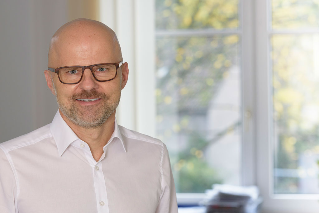 Dr. med. Dirk Sinß
